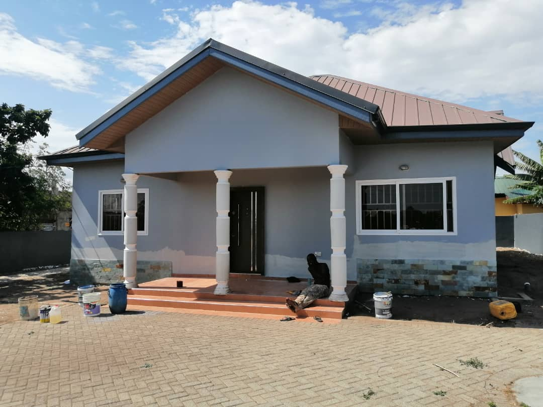 NEW AND REGISTERED 3 MASTER BEDROOM HOUSE AT KASOA