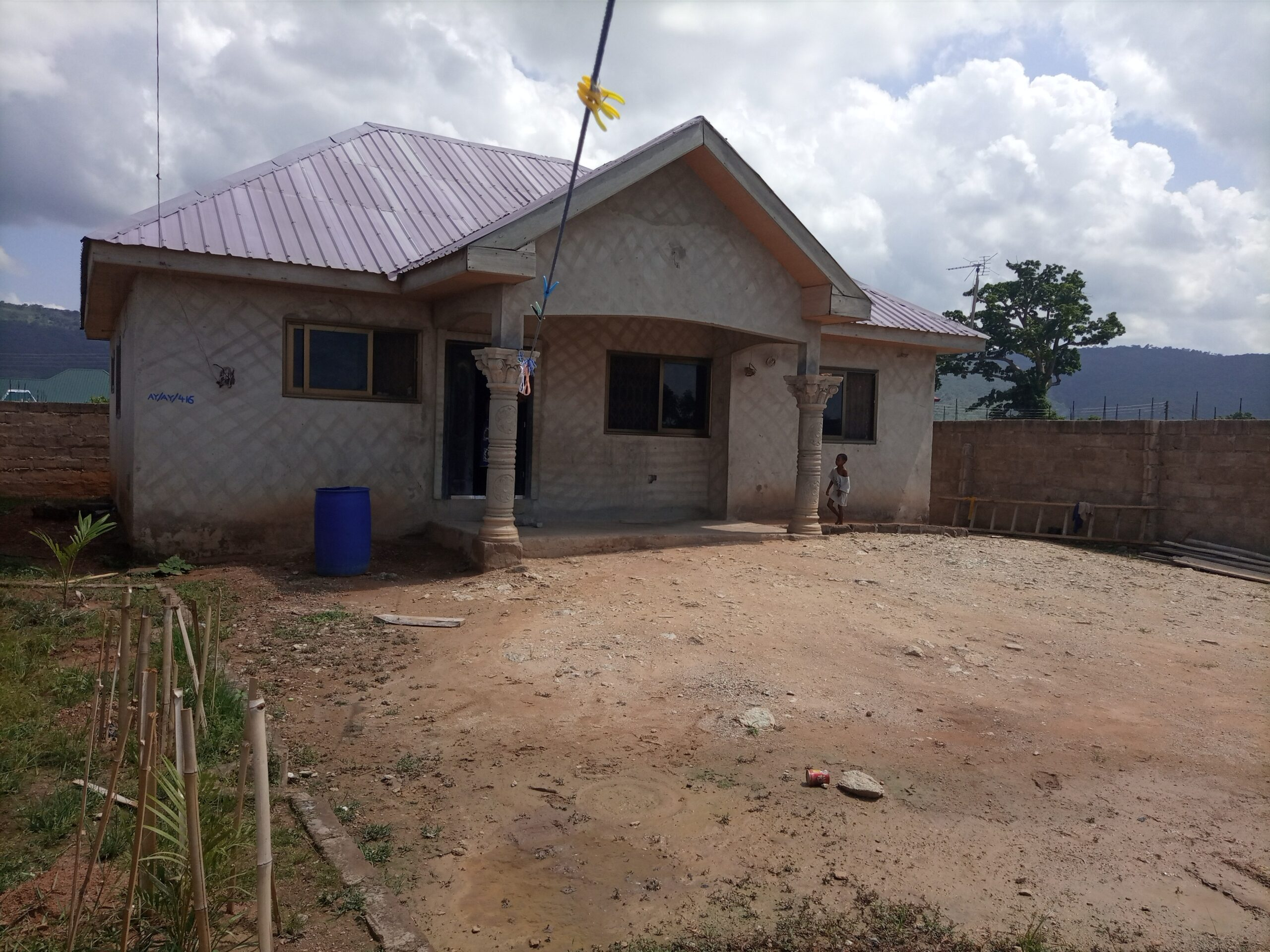 ROOFED 3 BEDROOM HOUSE AT DODOWA