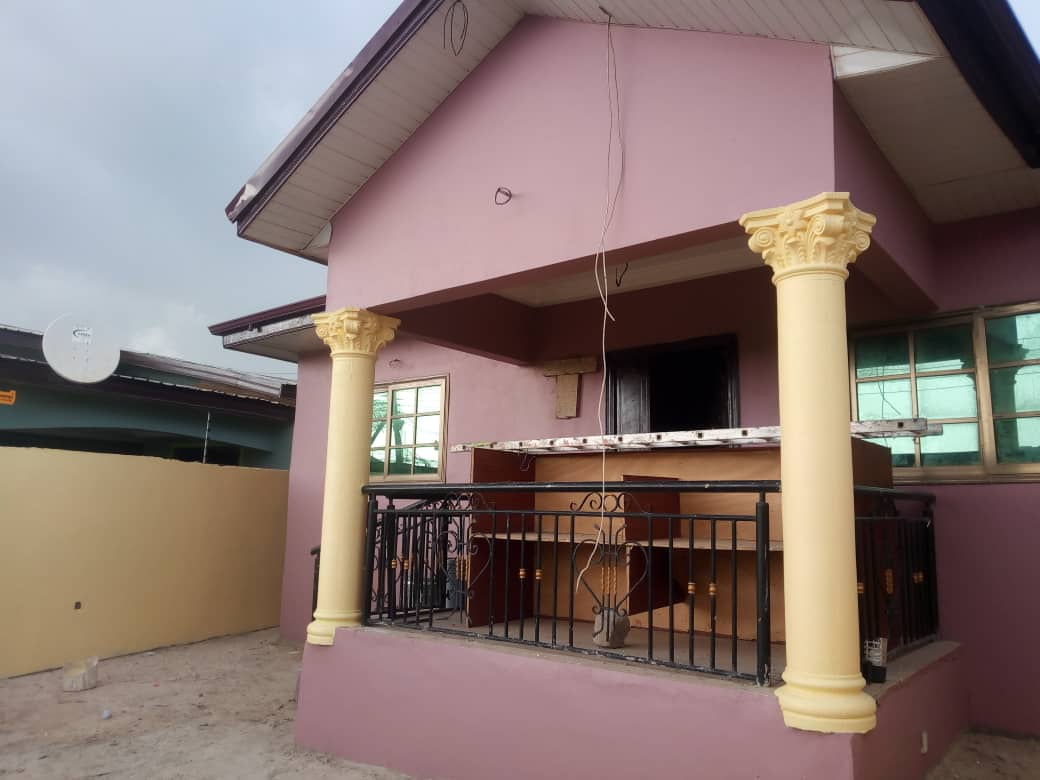 NEWLY BUILT 3 BEDROOM HOUSE AT LAS VEGAS AREA, NEW BORTIANOR